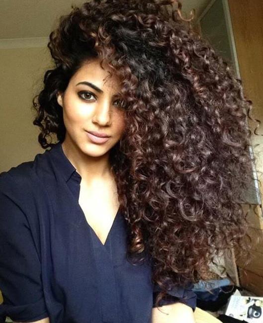 arabe au cheveux long coiffures populaires. Black Bedroom Furniture Sets. Home Design Ideas