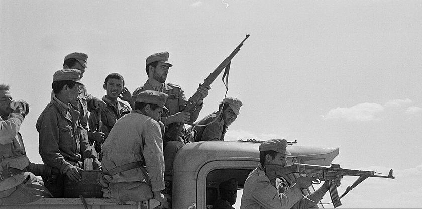 Des soldats marocains participant à la guerre des Sables en 1963. / Ph. d'illustration