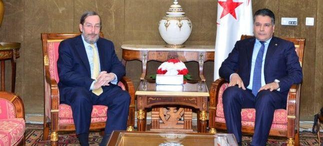 بالتزامن مع زيارة الملك الاسباني إلى المغرب..الجزائر تحور كلام دبلوماسي إسباني عن نزاع الصحراء