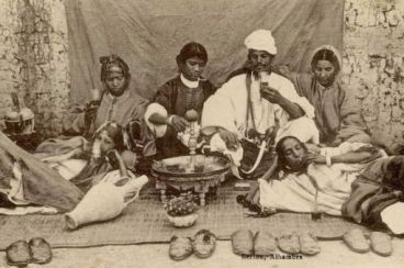 Tea or Atay, this sweet beverage banned in the past by Moroccan ulema