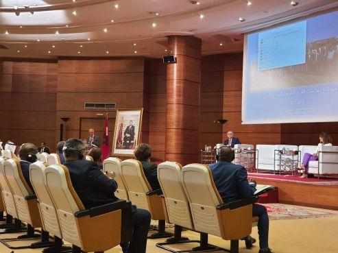 Chakib Benmoussa, président de la CSMD lors de la présentation du NMD aux ambassadeurs et représentants d'organisations accrédités au Maroc ce mardi. / DR