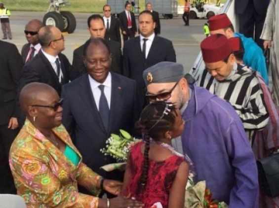 Buhari Leaves for EU-AU Summit in Abidjan Tuesday
