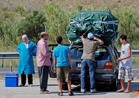 des marocains qui retournent au maroc pour faire vivre leur famille en espagne. Black Bedroom Furniture Sets. Home Design Ideas