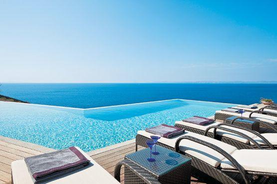 Lalla Salma s'offre une villa à 3,8 millions d'euros — Grèce