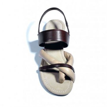 Tendance mode : La sandale de curé !