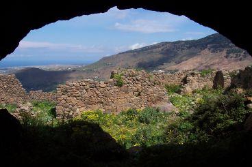 Nomad #87: Le mont Gourougou, richesse naturelle et misère de l'actualité
