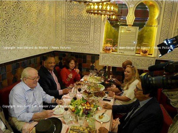 diner improbable entre jean marie le pen et jesse jackson dans un restaurant marocain de paris. Black Bedroom Furniture Sets. Home Design Ideas