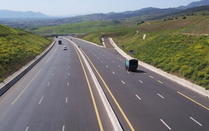 autoroute rabat sal trois morts et quatre bless s dans un accident de la route. Black Bedroom Furniture Sets. Home Design Ideas