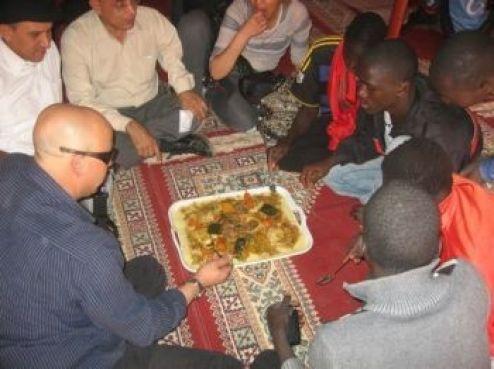 La culture marocaine relayée par une forte délégation venue du Royaume (environ 800) et des Marocains du Sénégal. Bissiha!