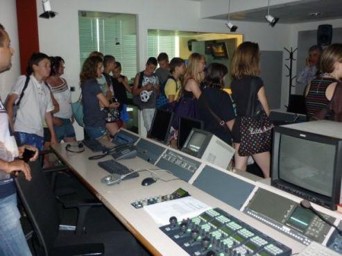 Visite des studios de Medi1 TV à Tanger / Photo collègiens de Betz