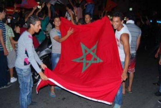 Une victoire sur l'Algérie a suffi pour raviver la fibre nationale