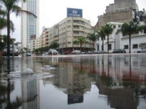 Un boulevard pourtant refait à neuf il y a peu pour un budget conséquent; mais au niveau des égouts, des économies semblent avoir été faites.