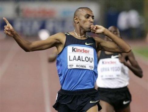 Amine Laalou, meilleur sportif de l'année. Il a remporté la Coupe intercontinentale sur 1500 m, il est médaillé d'argent au Championnat d'Afrique et détenteur de la 2ème meilleure performance de l'année sur 1500m. Félicitations !