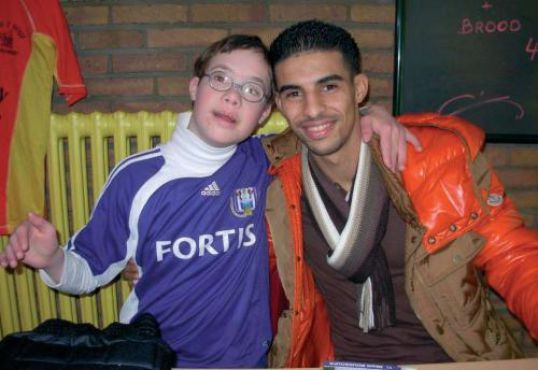 Belgique : Mbark Boussoufa veut aider les enfants malades