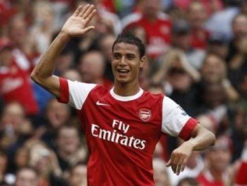 Marouane Chamakh, 2ème chez les messieurs. Meilleur footballeur professionnel marocain de l'année grâce surtout, à ses performances avec Arsenal.