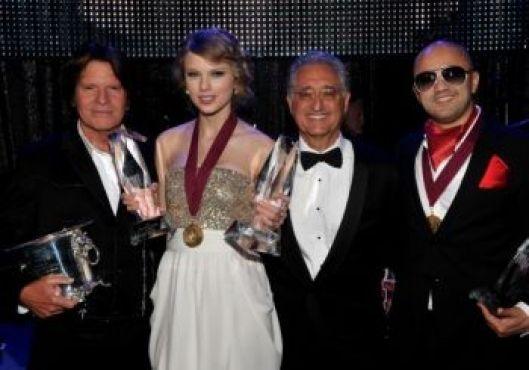 John Fogert, Taylor Swift, le président de BMI et RedOne