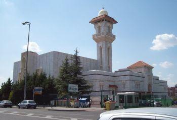 Barcelona promete a los ulemas de Marruecos acoger una gran mezquita
