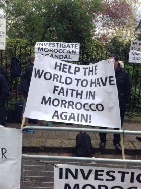 Affaire Paradise Beach : Les clients manifestent à nouveau devant l'Ambassade du Maroc à Londres