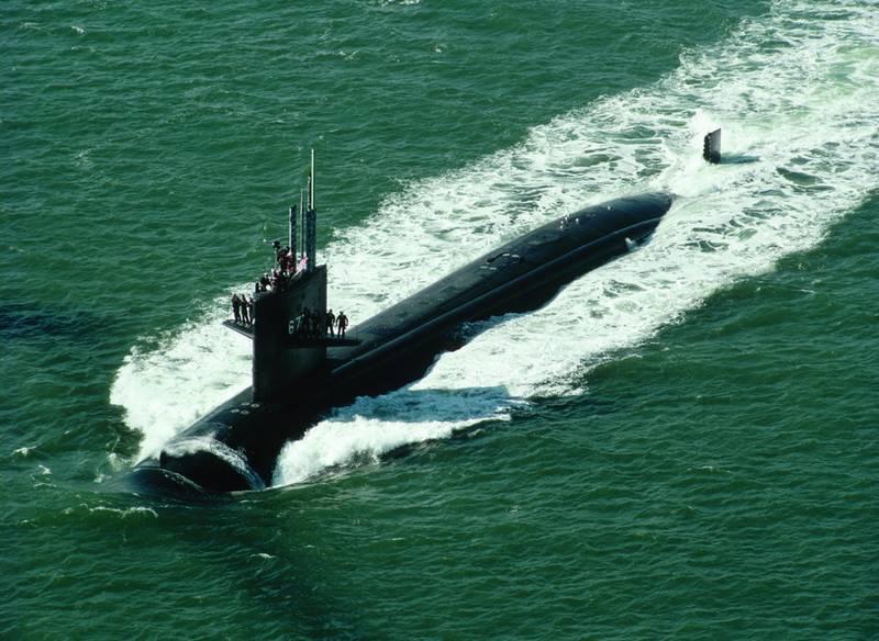 Nous attendons avec impatience notre sous marin 4198749857bbddc2eccb07b872f1f364