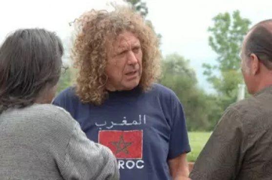 Robert Plant avec un t-shirt du Maroc / Archives - DR