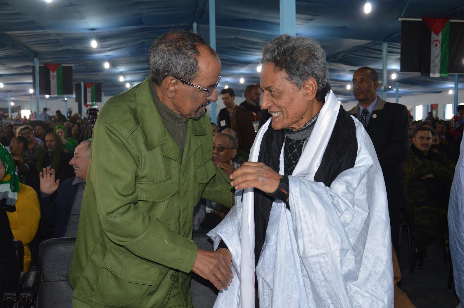 Ahmed Baba Meska avec l'ancien secrétaire général du Polisario Mohamed Abdelaziz. / Ph. DR
