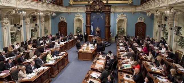 Québec : L'Assemblée nationale adopte le projet de loi 9 sur l'immigration