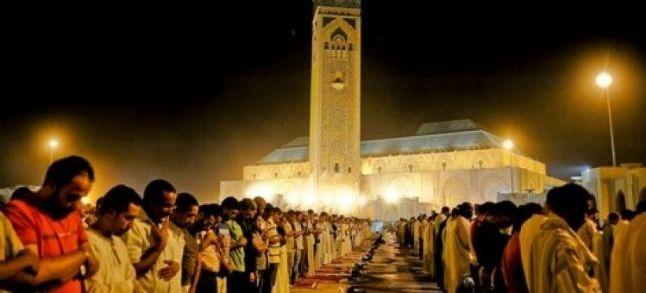 دراسة: 80 في المائة من المغاربة يحرصون على أداء الصلاة يوميا
