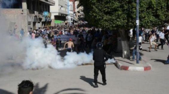Mort d'un manifestant blessé à Al-Hoceima — Maroc