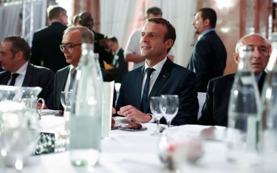 France : Emmanuel Macron partage un iftar avec les musulmans au CFCM