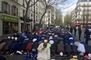 Clichy : Le ministère de l'Intérieur empêchera les prières de rue