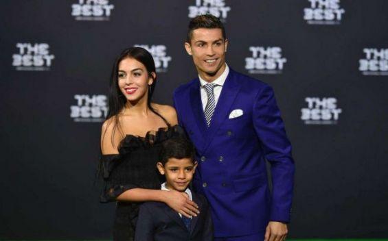 Maroc: Cristiano Ronaldo officiellement marié en secret avec Georgina Rodriguez ?