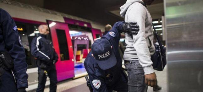 Contrôle au faciès en France : Le Conseil d'Etat saisi par 6 associations