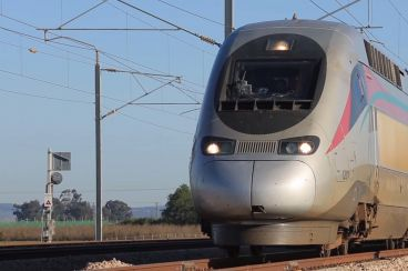 Morocco launches its first LGV but hangs other railway projects