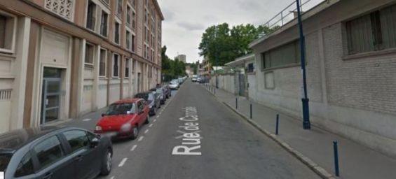 Caf Rue De Crimet Paris