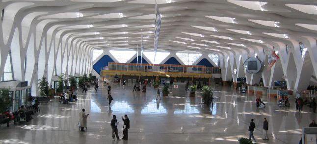 Maroc L Aeroport De Marrakech Menara A Le Vent En Poupe