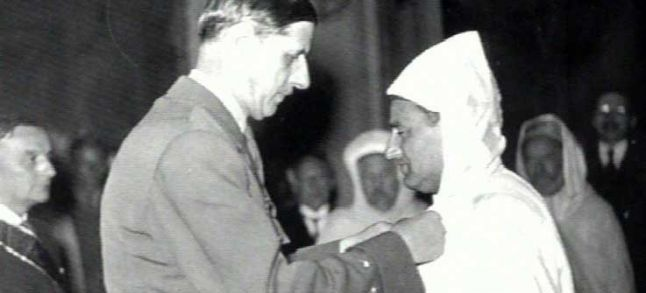Sultan Mohammed receiving the Order of Liberation on the 19th of June 1945./Ph. DR