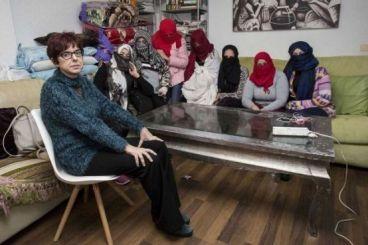 القضاء الاسباني يرفض اعادة النظر في انتهاك حقوق العاملات الموسميات المغربيات بهويلفا