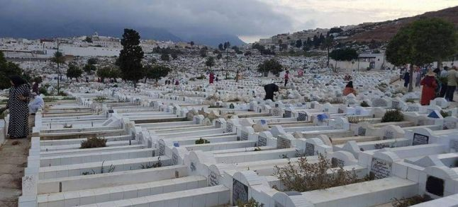 فيروس كورونا: بلا أهل ولا وداع.. طقوس دفن الموتى تتغير في المغرب
