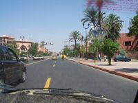 Marrakech dans un petit taxi alt=