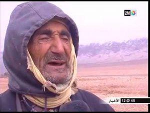 أسر بلا مأوى بعد انهيار منازلها بسبب الثلوج بمنطقة الريش