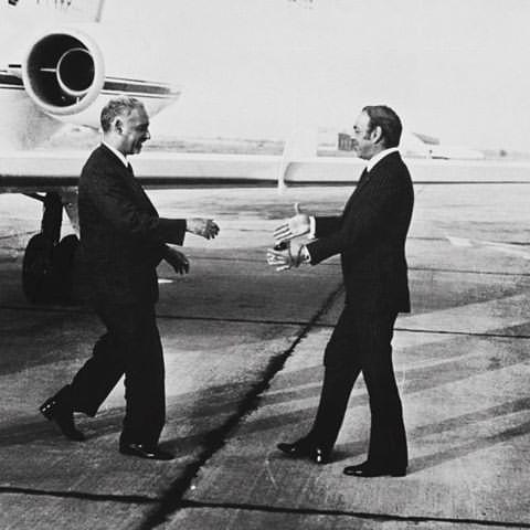 Le roi Hassan II recevant le président mauritanien à Rabat en septembre 1969. / Ph. DR    ...Suite : https://www.yabiladi.com/articles/details/59480/l-independance-mauritanie-l-autre-pomme-discorde.html